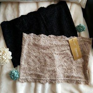 Set of 2 lace bandeau tops